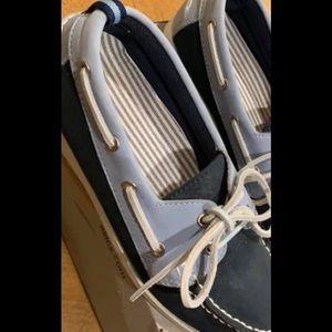 Shoes - BASS Women's boat shoe